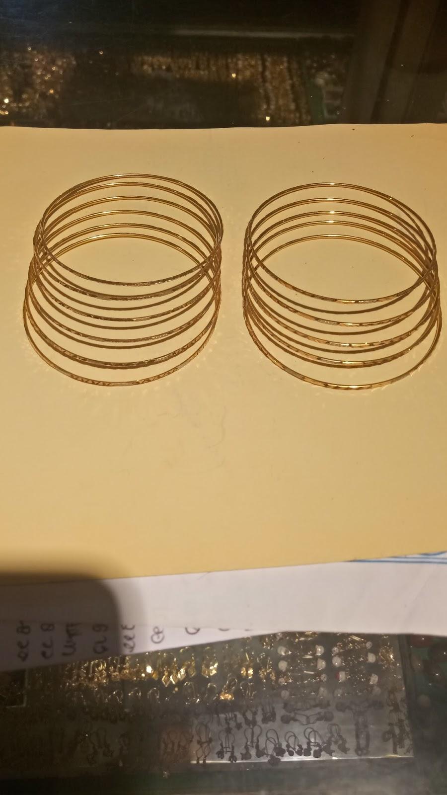 Harga Cincin Tunangan: Model Gelang Emas Kuning Terbaru ...