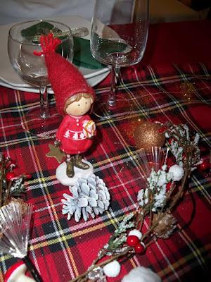 decoration table de noel pas chere rouge et vert