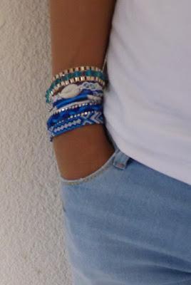 barcelet bleu et manchette brésilien