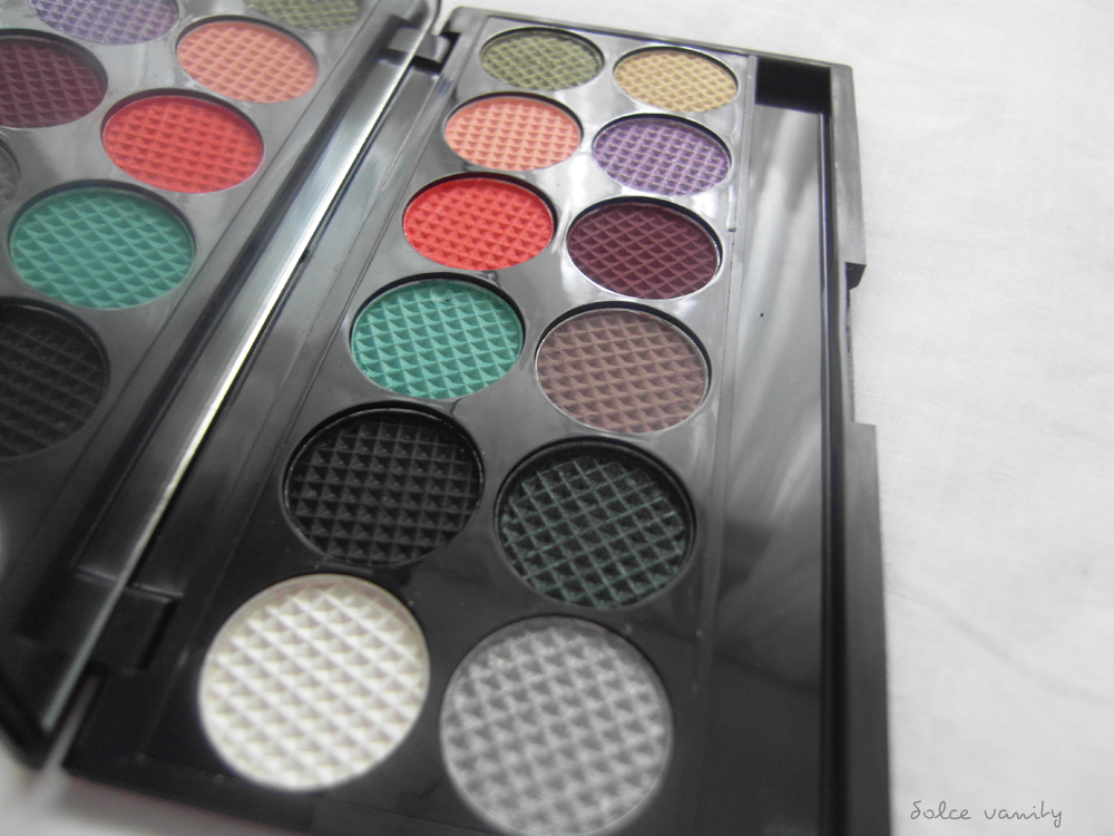 Sleek MakeUp PPQ Me, Myself & Eye Palette