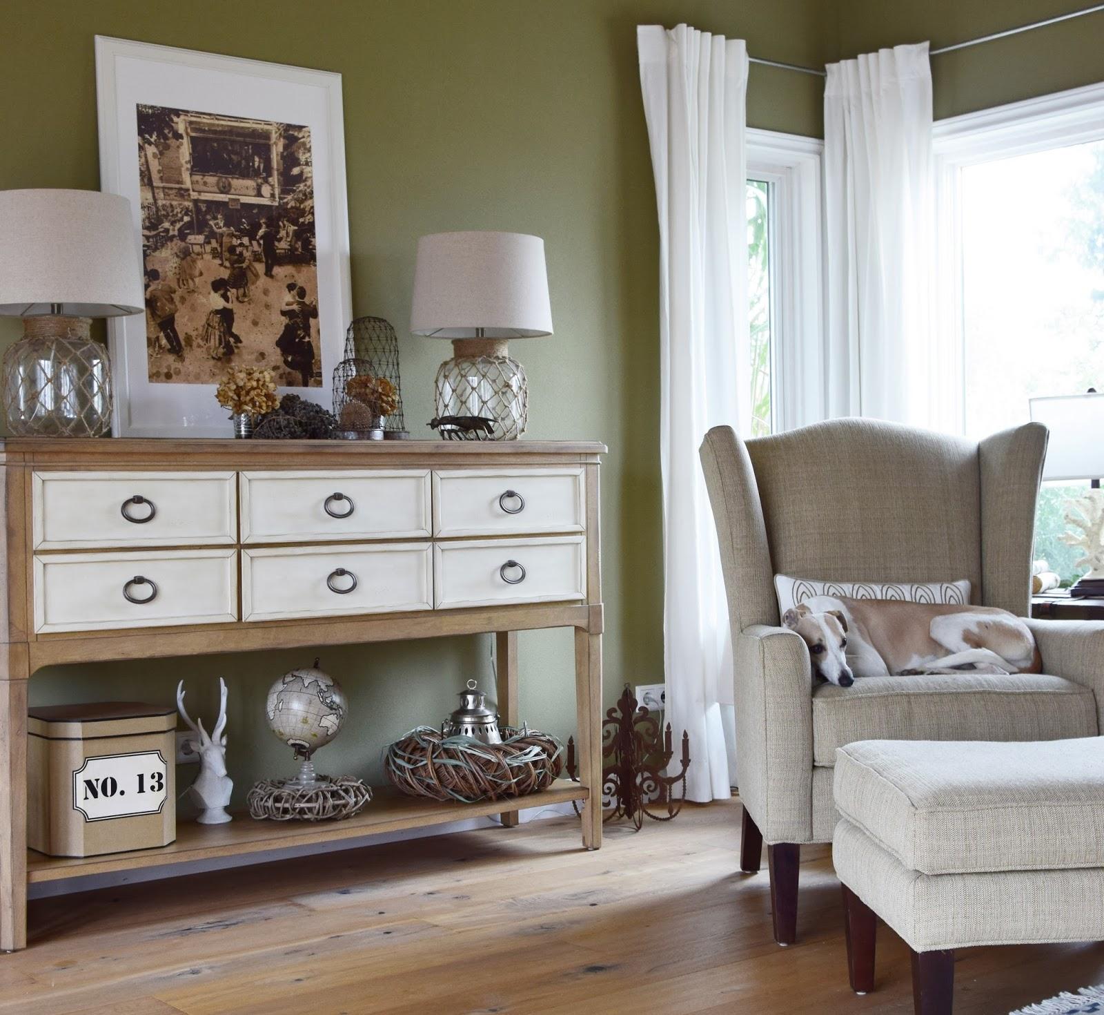 Mein Wohnzimmer Teil 2 ... neu gestaltet: Highboard + Sideboard ...