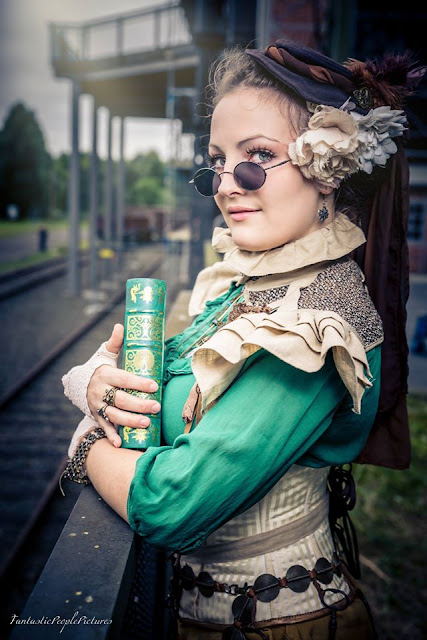 Colorful Steampunk costume. Green steampunk clothing.