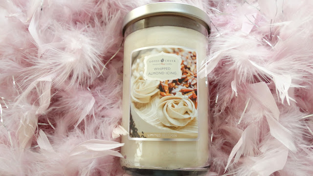 avis Whipped Almond Icing de Goose Creek