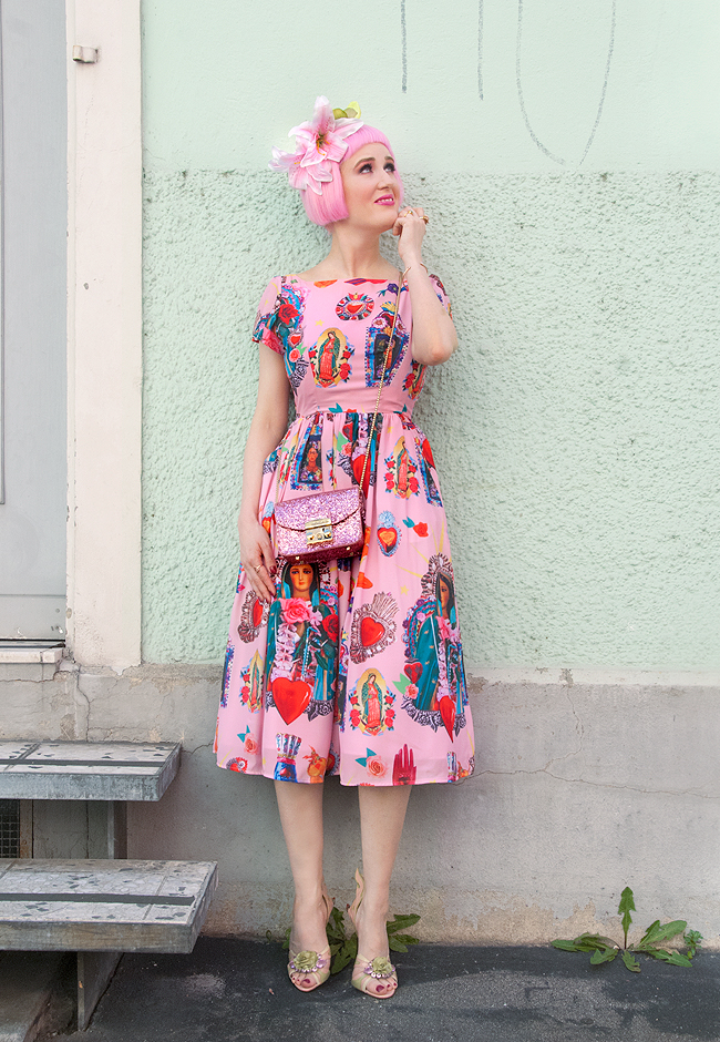 Tara Starlet, blogger, pink 50s dress