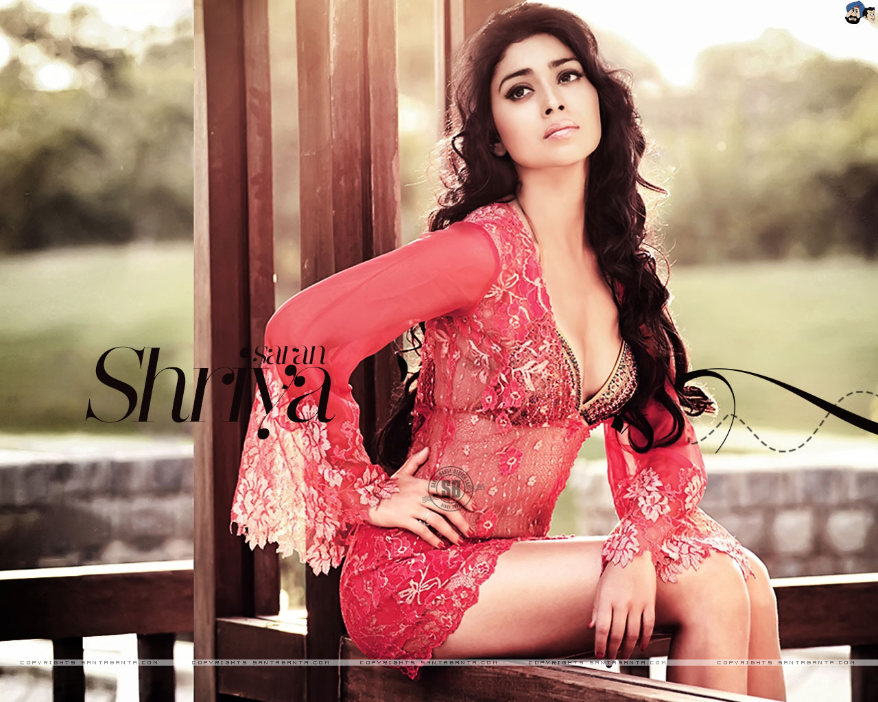 Shriya Saran HD Wallpapers | Most beautiful places in the ...