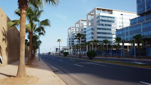 Изображение бульвара Альмоад в Касабланке