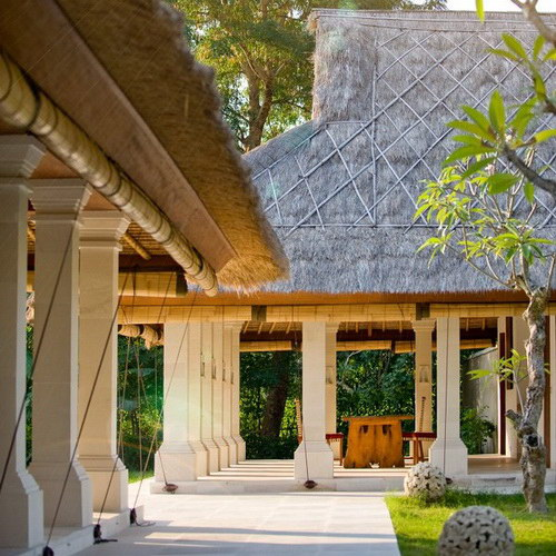 Villa Sepoi Sepoi on Sira Beach, Lombok Island, combines Javanese and Mediterranean architecture for Pedopo