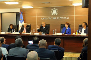 El voto de arrastre desata controversia el la junta JCE