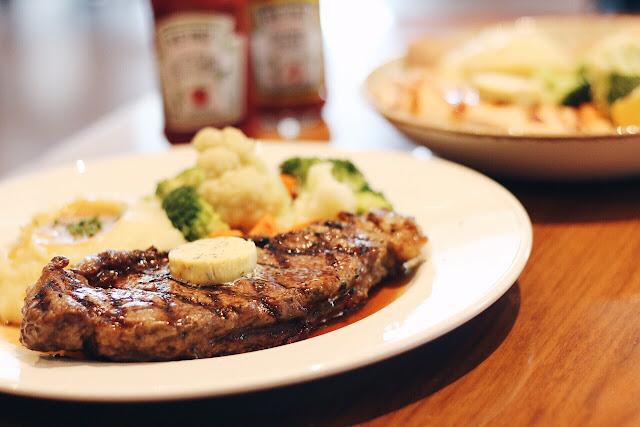 Hard Rock Cafe Jakarta In Food