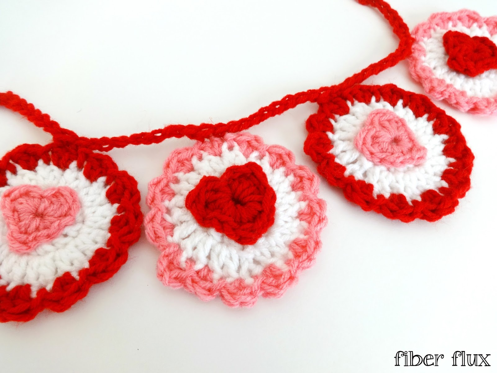 Fiber Flux: Free Crochet Pattern...Ruffle Heart Garland!