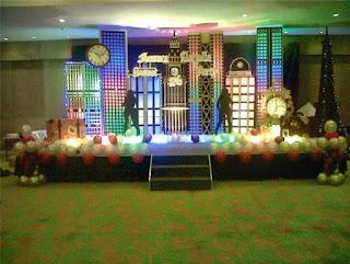 dekorasi styorofom dengan tema kota-kotaan untuk acara savety partty
