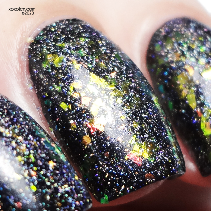 xoxoJen's swatch of KBShimmer Sól What?