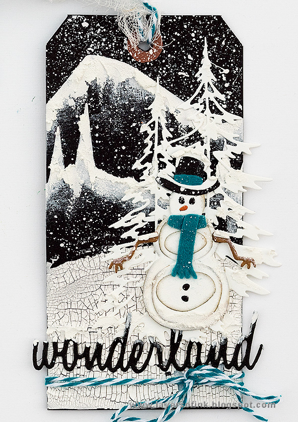 Layers of ink - Snowy Winter Tag Tutorial by Anna-Karin Evaldsson with Tim Holtz Sizzix Snowman Scene