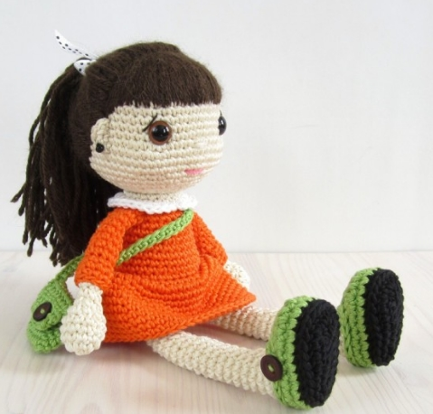 Boneca Amigurumi | Boneca amigurumi, Bonecas de crochê, Bonecas | 458x479