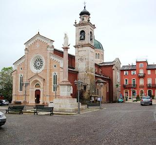The Piazza Chiesa in Bosco Chiesanuova