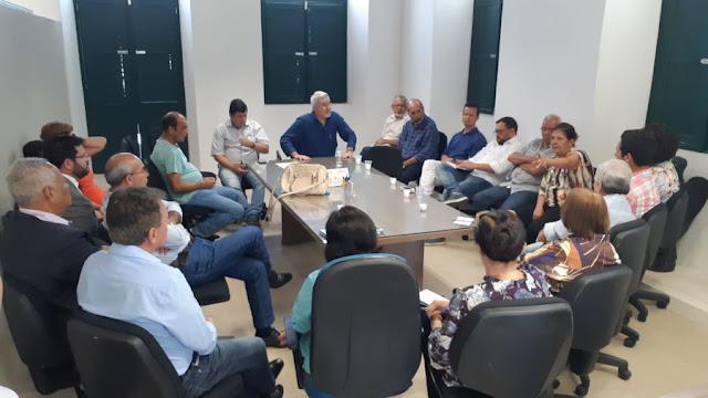 Osvaldinho reassume comando da Prefeitura de Goiana