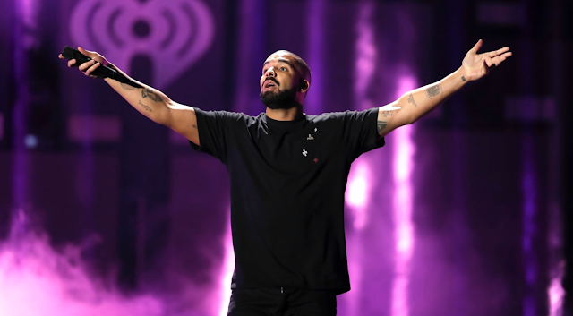 Disturbing Video of Drake Fondling and Kissing 17-Year-Old Girl Surfaces