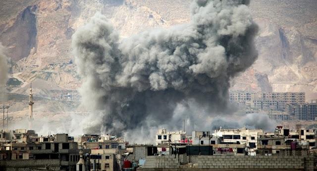 EUA e Reino Unido treinaram terroristas para encenar ataque químico na Síria