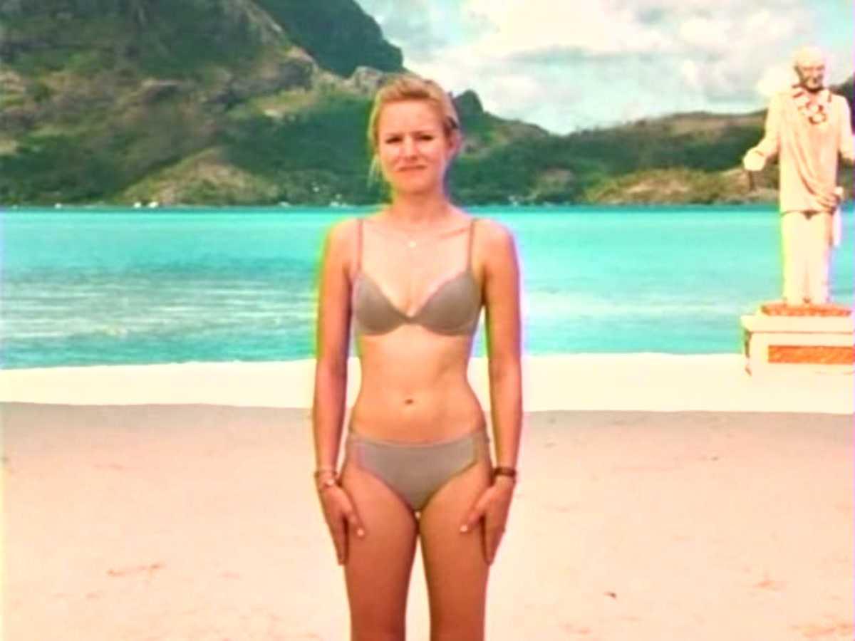 Kristin Bell Bikini 12