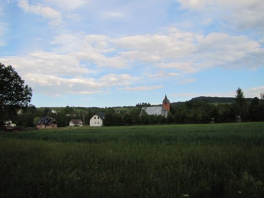 Kościół parafialny w Bystrej.