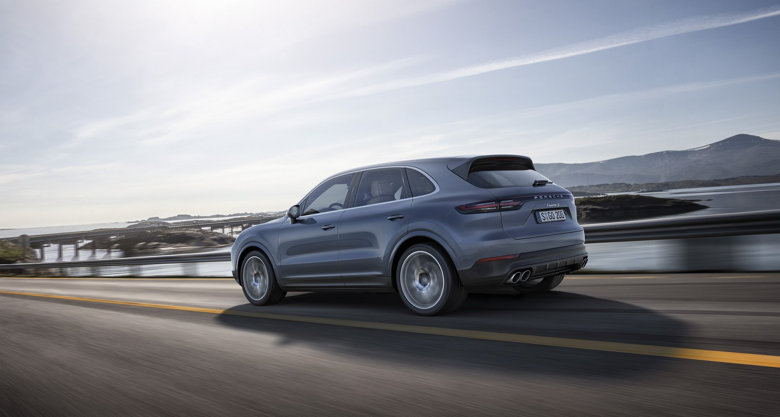 2018 porsche cayenne debuts as company says its more 911