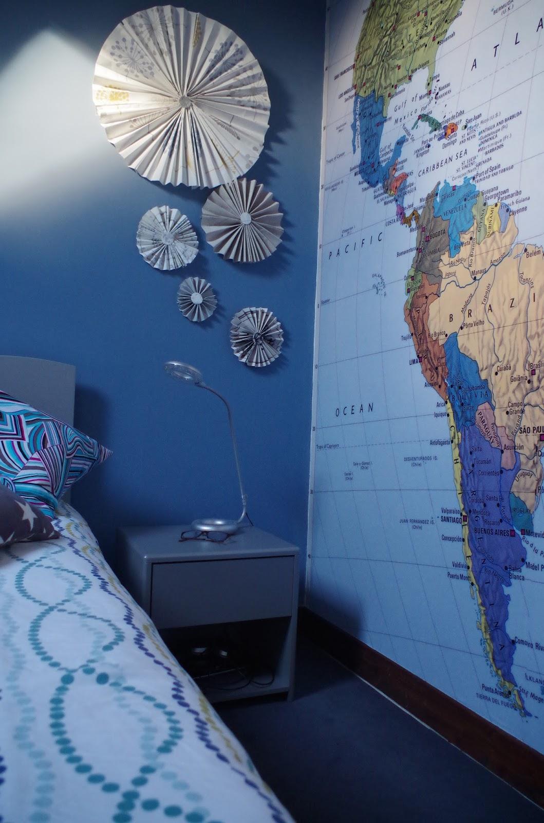 a nous la d co mix and match chambre bureau. Black Bedroom Furniture Sets. Home Design Ideas
