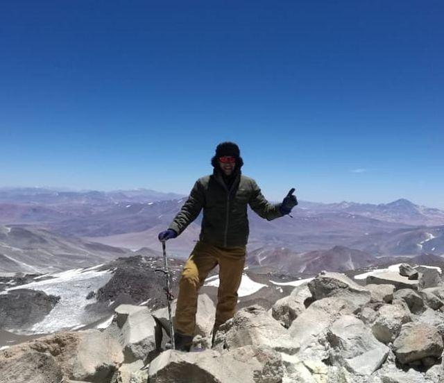Ismael Valderas en la cumbre del volcán