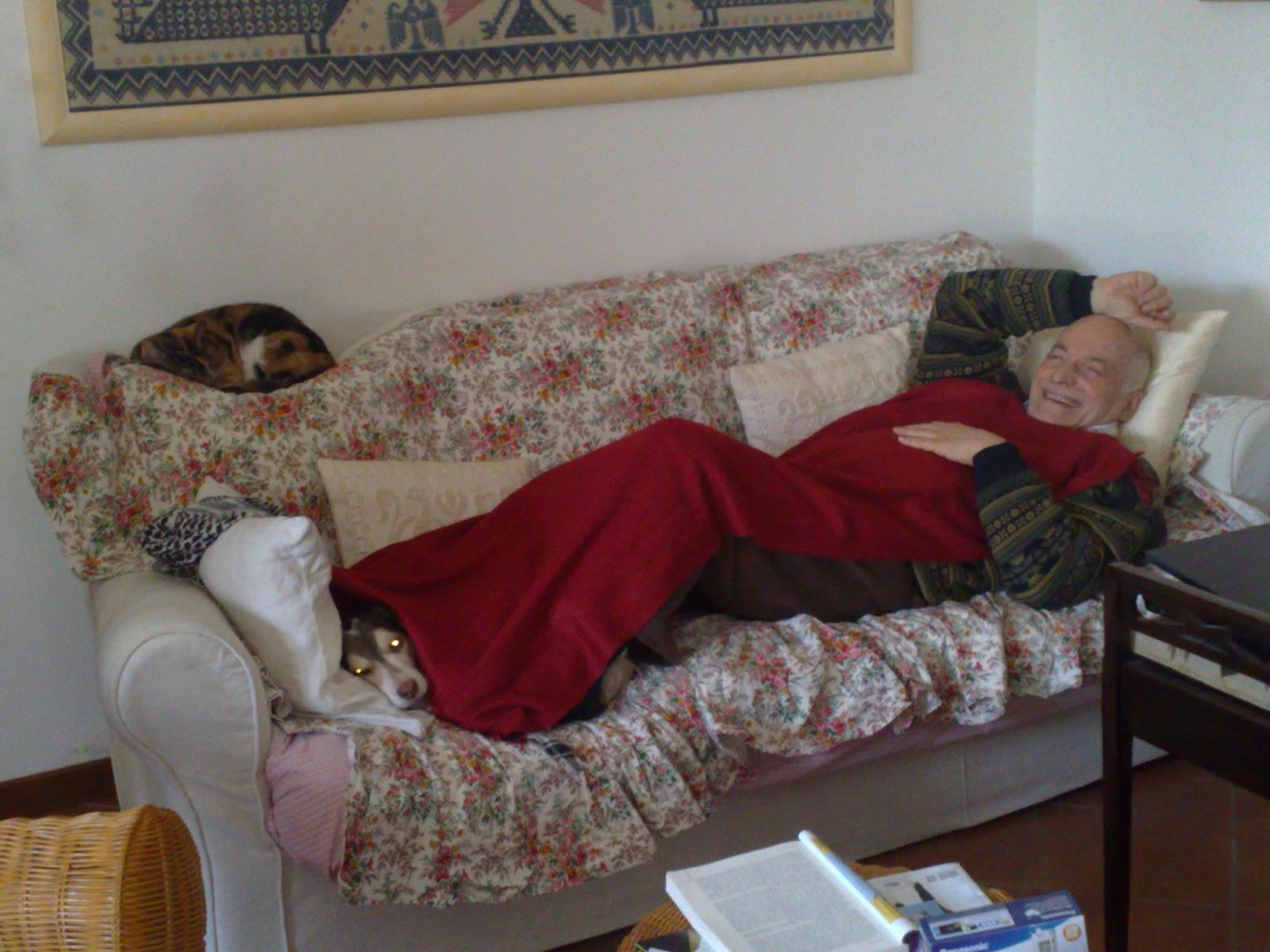 Riciclaggio della memoria 2013 01 13 - Scopare sul divano ...