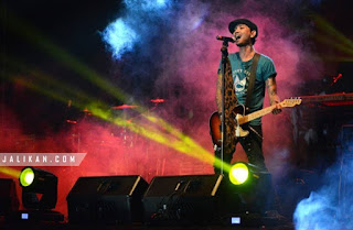 Lirik, Video dan MP3 Lagu Gantung D'Ubud N Band
