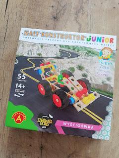 Recenzja Mały Konstruktor Junior na blogu atrakcyjne wakacje z dzieckiem