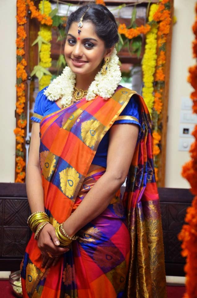 Actress Meera nandan cute