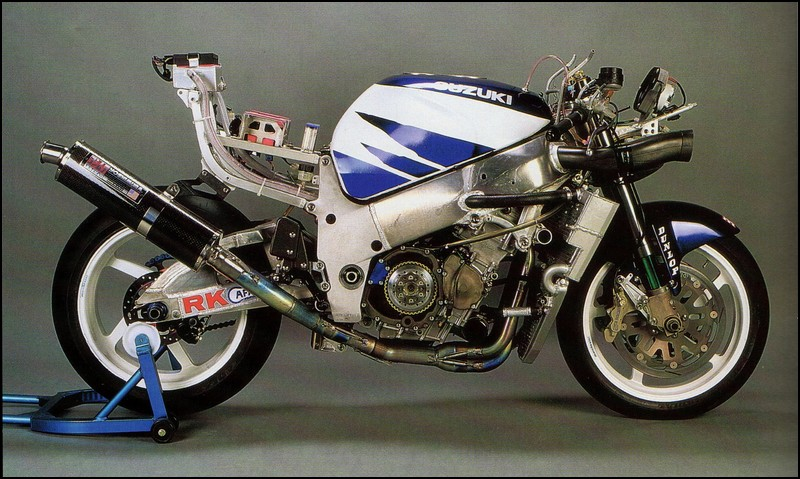 Suzuki 750/ 600 SRAD - Page 8 04.%2BYoshimura%2BCatalogue%2B%25281996%2BBook%2BOf%2BSpeed%2529%2B%252302