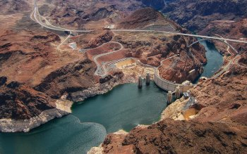 Wallpaper: Hoover Dam seen from air