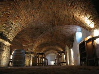 Vinski bar - vinoteka Dveri Pax