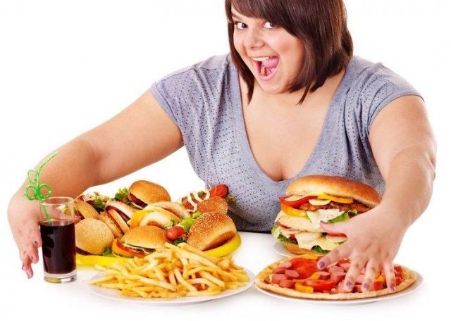 Makan Junk Food Walau Sekali Bisa Meningkatkan Risiko Diabetes
