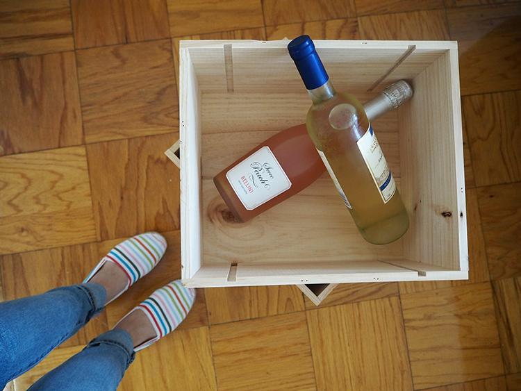 DIY: Wine Crates Shelf (Super Easy) - SUGAR LANE