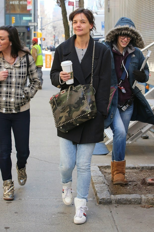 Katie Holmes is spotted without makeup and stripped look
