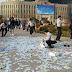 Đem 500 triệu rải ở quảng trường, nhưng tuyệt nhiên không có một bóng dáng người Hàn nào nhảy vô hôi tiền