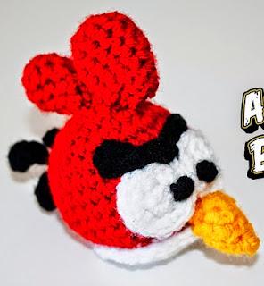http://ipunts.blogspot.com.es/2014/10/angry-birds-rojo-crochet-amigurumi.html