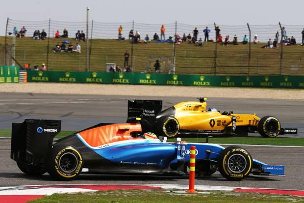 Rio Ingin Finis di Depan Renault