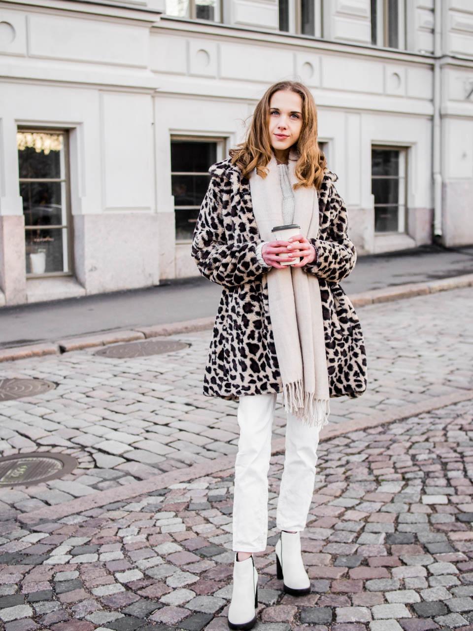 Winter fashion inspiration with white jeans - Talvimuoti, inspiraatio, valkoiset farkut, bloggaaja