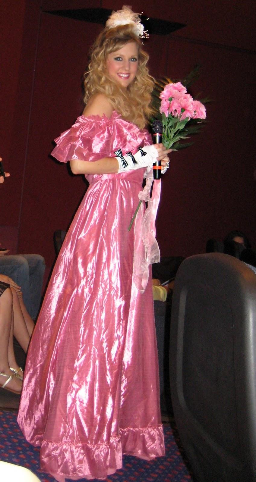 Love jenny xoxo ugliest bridesmaid 39 s dress contest for Wedding dresses mall of america