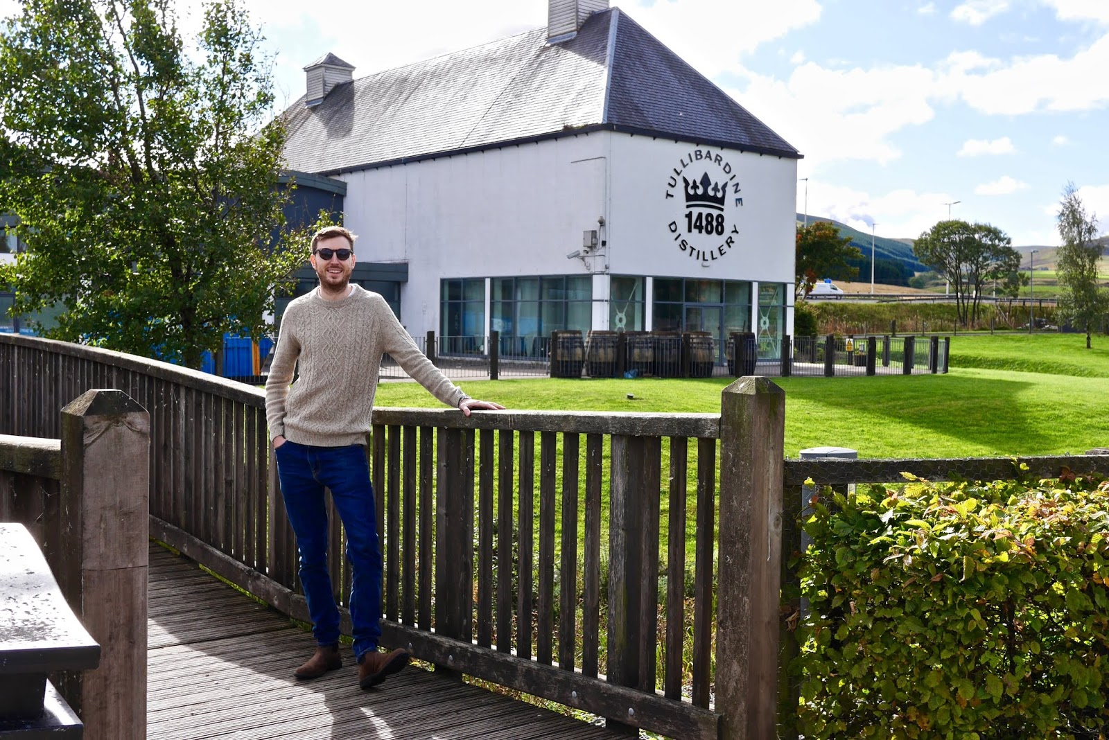 Cal McTravels at Tullibardine Whiksy distillery
