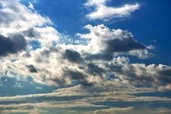 Geflockte Wolken...