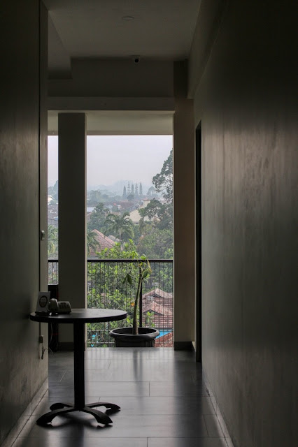 balcony hotel selabintana