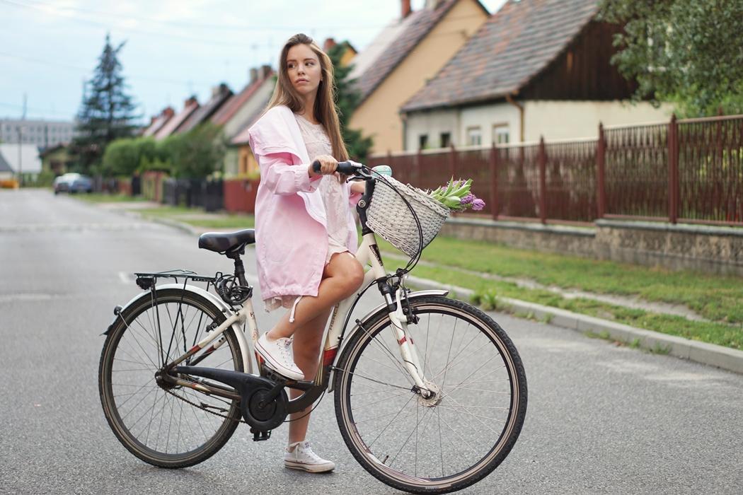 Pastelowa stylizacja na rower | Naoko x Edyta Górniak