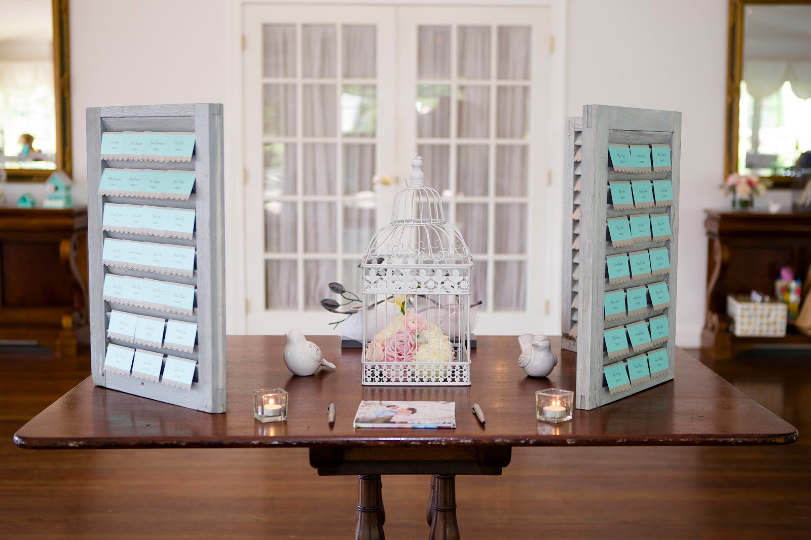 Wedding Wednesday- Using shutters as a seating card display | Meet the B's