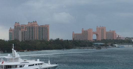 Discovering the Lost City of ... Atlantis (Nassau, Bahamas)
