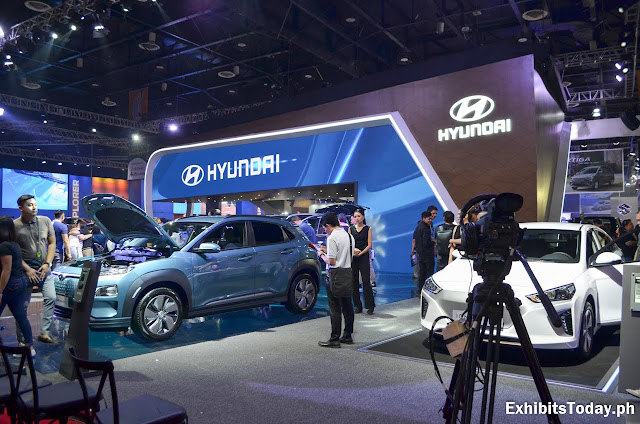 Hyundai Trade Show Display