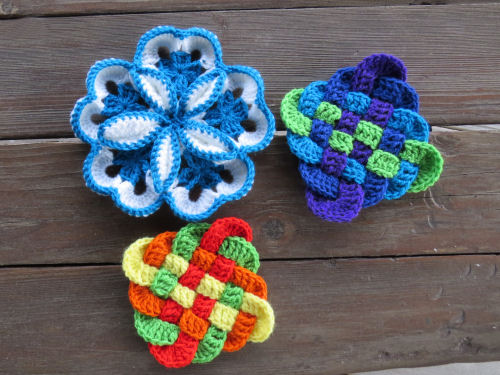 crocheted mats